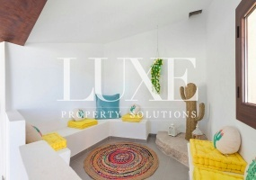 Center,Mallorca,4 BathroomsBathrooms,Finca,1101