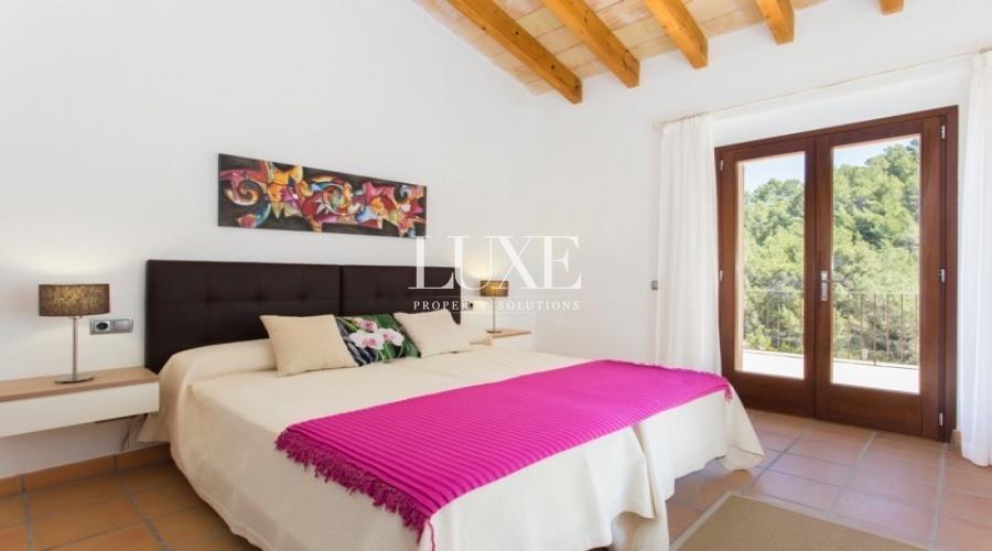 4 Bedrooms, Villa, Vacation Rental, 4 Bathrooms, Cala Deia