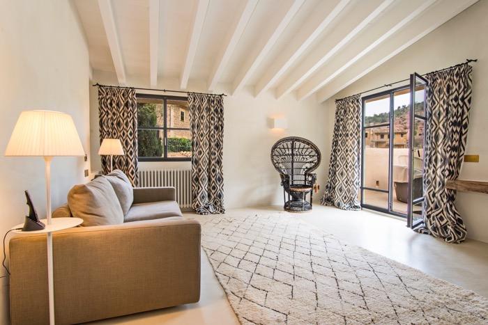 4 Bedrooms, Villa,  Rental, 5 Bathrooms, Deia Center