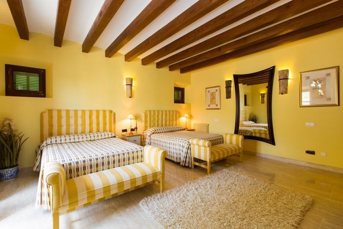 6 Bedrooms, Villa, Vacation Rental, 6 Bathrooms, Listing in Deia